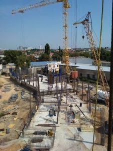 ЖК Континент   Монтаж вертикальных конструкций подвала