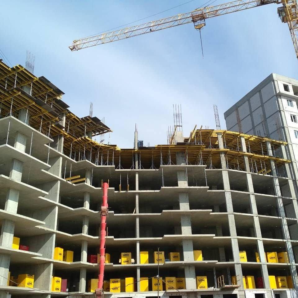 Монтаж перекрытия над 8-м этажом секции 2